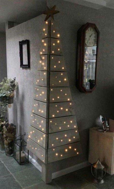 Eck Weihnachtsbaum aus Holz  Kommuniokerze Pinterest