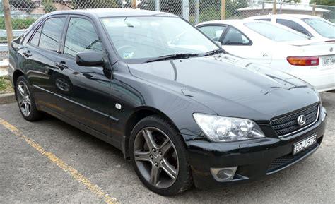 lexus sedan 2005 file 2001 2005 lexus is 300 jce10r sports sedan 01 jpg