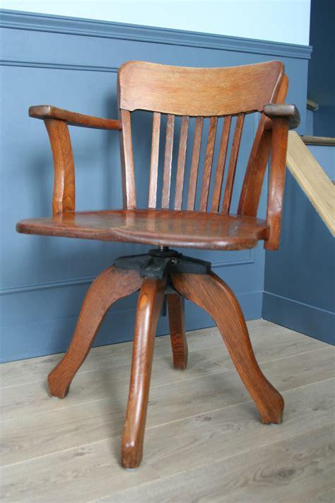 fauteuil bureau ancien fauteuil de bureau ancien pivotant