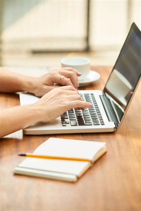 focus  report writing  habits  hold officers
