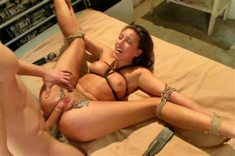 Bondage Clip Gallery Porn With British Dominatrix