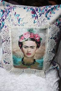 Frida Kahlo Kissen : 378 best images about frida on pinterest mexico city mexican artists and collage ~ One.caynefoto.club Haus und Dekorationen