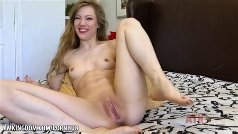 Ivy Wolfe Want U Up Close And Personal Pornhub Com
