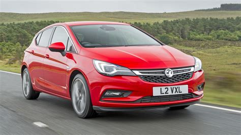 Vauxhall Astra Review and Buying Guide: Best Deals and ...