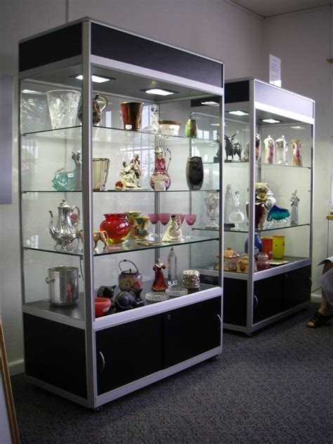 SD8 Upright Display Cabinet