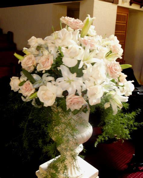 wedding flowers  church ceremony