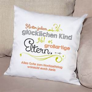 Geschenke Für Junge Eltern : kissen als besonderes geschenk f r eltern mit pers nlichem gru bedruckt ~ Markanthonyermac.com Haus und Dekorationen