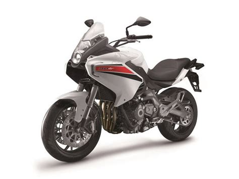 Review Benelli Bn 600 by 2014 Benelli Bn 600 Gt Motorcycle Review Top Speed