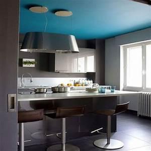 couleur plafond cuisine bleu mur avec peinture murale gris With cuisine peinte grise