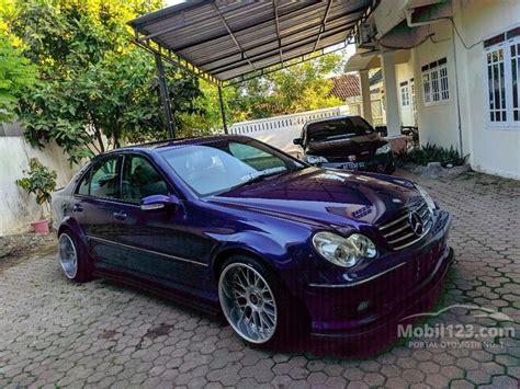 It was offered as a cargo van, a passenger van, and a pickup truck. Jual Mobil Mercedes-Benz C240 2001 Elegance 2.6 di Jawa Timur Automatic Sedan Ungu Rp 100.000 ...