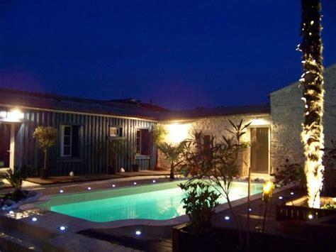 9 eclairage exterieur piscine electricit 233 lucelec 17