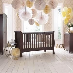 Tapeten Für Babyzimmer : babybett kaufen 66 ideen f r das babyzimmer ~ Markanthonyermac.com Haus und Dekorationen