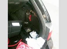 Found a lot of water in the trunk M5 E61, Electronical
