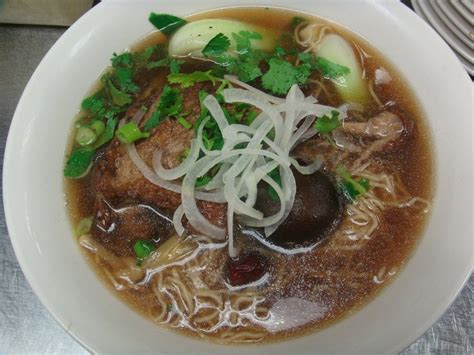 egg noodle soup mi vit tiem vietnamese egg noodle soup with seared duck cooked with chinese spices yelp