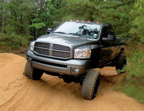 Lifted Dodge Trucks For   2017 Dodge Charger