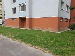 Montáž monolitického bytového domu