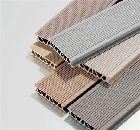 Pontoon Boat Flooring Material by Wpc Decking Plank On Pontoon Composite Material Deck For