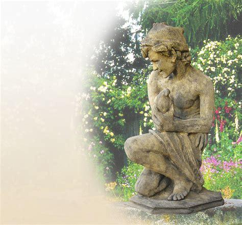 Figur Aus Stein Für Den Garten  Sandstein Steinguss
