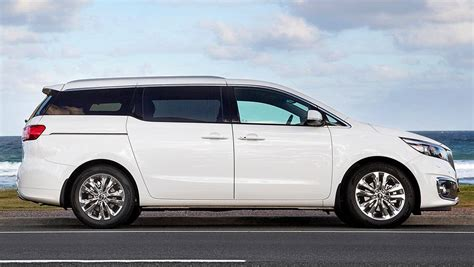 kia carnival review road test carsguide