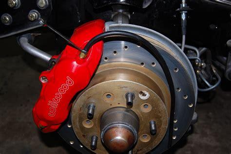 65-82 Corvette Wilwood Disc Brake Caliper Repair