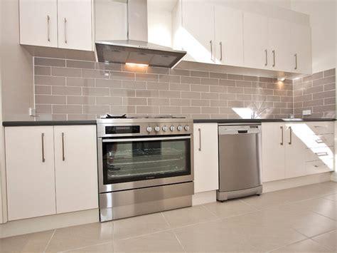 Kitchen Tiled Splashback Ideas - fitzgibbon chase contemporary kitchen brisbane by urban tile company