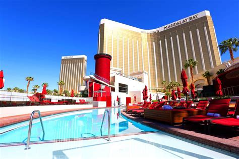 best of las vegas traveling to las vegas here are the top places where to stay