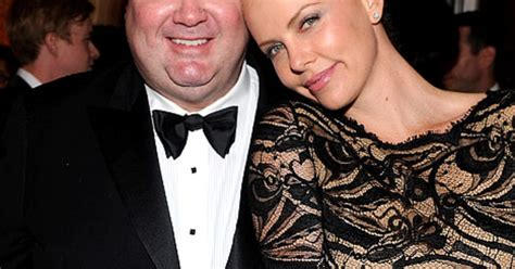 eric stonestreet charlize theron eric stonestreet still laughing off charlize theron
