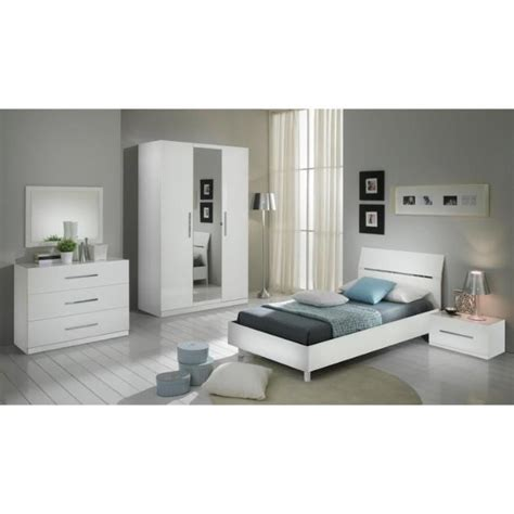 modeles armoires chambres coucher chambre à coucher modèle gloria blanche laquee armoire 3p