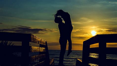 romantic couples wallpapers pictures images