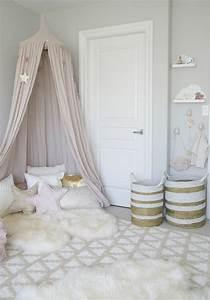 1001 designs uniques pour une ambiance cocooning With affiche chambre bébé avec tapis de fleurs 2017