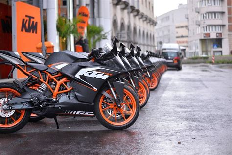 Ktm Rc 200 Backgrounds by Ktm Rc 200 Wallpapers Wallpaper Cave