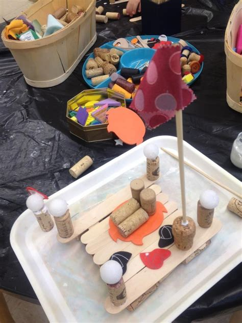 boats with things that float via reggio children 829 | 4441ecd6d80549a6e71bb53cfedb0f79