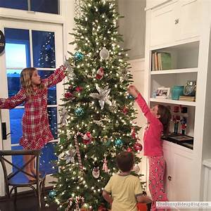 Christmas in the family room - The Sunny Side Up Blog