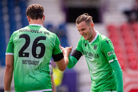 Hannoverscher sportverein von 1896, commonly referred to as hannover 96, hannover, hsv or simply 96, is a german professional football club. Hannover 96 - Second Bundesliga
