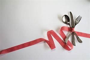 Couvert De Table Design : images gratuites fourchette coutellerie d coration rouge manger cuill re couteau boucle ~ Teatrodelosmanantiales.com Idées de Décoration
