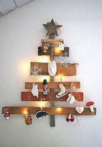 Weihnachtsbaum Aus Holzlatten : 25 einzigartige holzbaum ideen auf pinterest h lzene weihnachtsb ume palette weihnachtsbaum ~ Markanthonyermac.com Haus und Dekorationen
