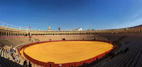Plaza de toros Bullring in Seville | Picturesque Traveller