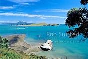 Browns Island (Motukorea) from Musick Point. Hauraki Gulf ...