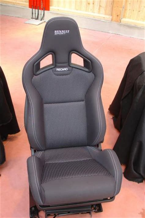 siege clio 3 rs sièges bacquets recaro topic unique clio clio rs