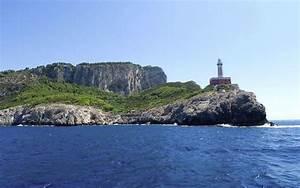 Carena e Faro Capri