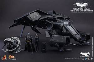 Hot Toys 1/12 Scale The Bat Official Images and Info - The ...