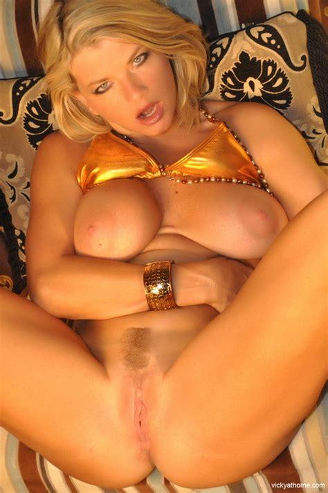 Superstar Vicky Vette In Hot As Hell Gold Bikini Pichunter