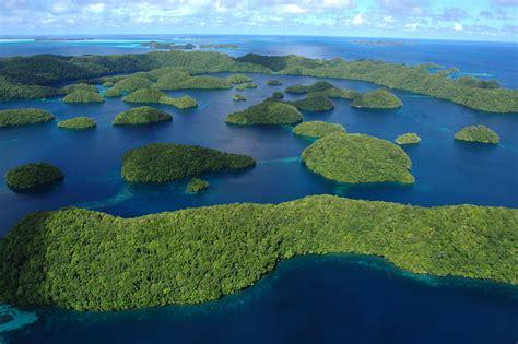 Palau_2008030818_4749 | Removed haze. | LuxTonnerre | Flickr