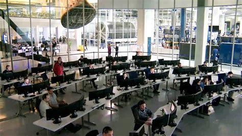 spacex engineers follow countdown nasa