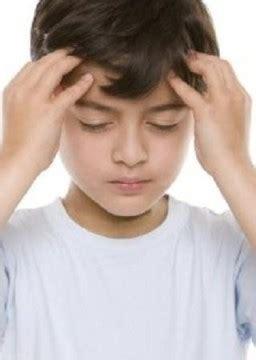 mal di testa e vomito bambini mal di testa dello studente go mamma