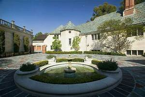 Greystone Mansion And Park  Los Angeles Attractions Review