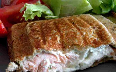 cuisine facile et originale recette croque monsieur au saumon et boursin économique et