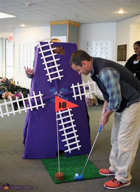 mini golf creative costume photo