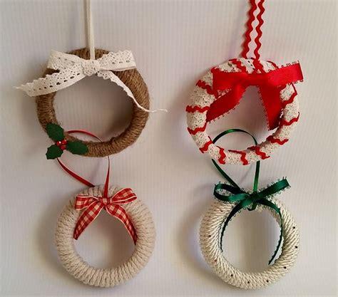 mason jar lid wreath ornaments allfreeholidaycraftscom