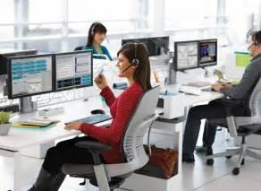 choisir un bureau de travail adapt 233 et ergonomique communiqu 233 ilak